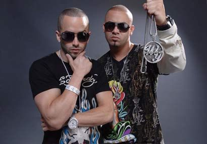 [VIDEO] Wisin y Yandel brings out @50Cent in NYC!