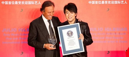 @Julioiglesias Honored as The Most Popular International Artist Of All Time In China