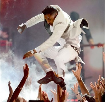 Miguel May Be Sued For Billboard Awards Performance