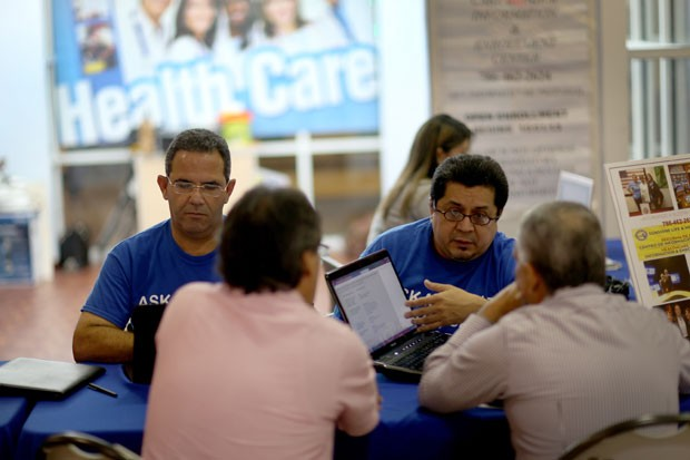 Young Voices: Why are Latinos not signing up for Obamacare?