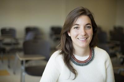 Spanish Native Clara Vila-Castelar Conducts Alzheimer's Disease Research