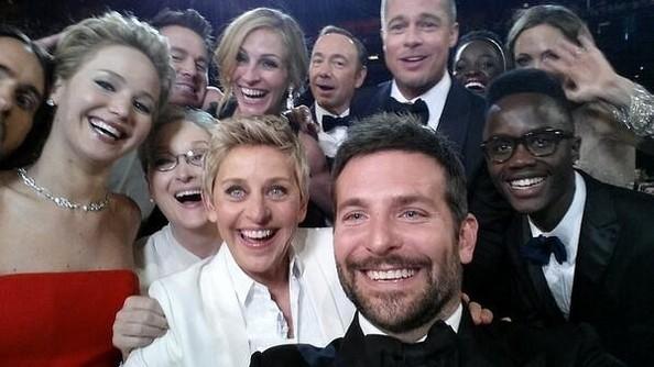 Ellen+DeGeneres+Oscar+Snaps+Broke+Twitter+jJXL2W5iEP1l