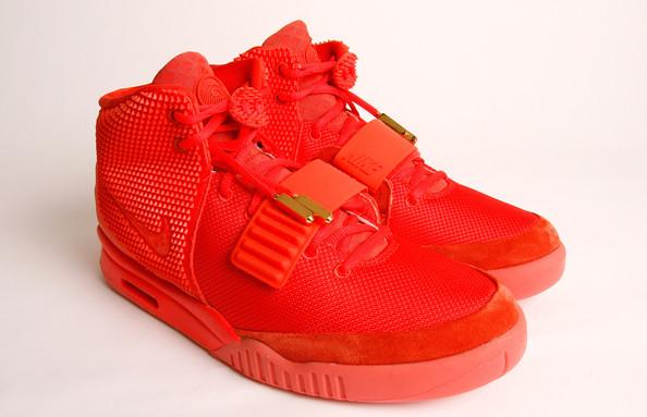 Long+Awaited+Kanye+West+Nike+Sneaker+Reselling+uclX5odFB5Al