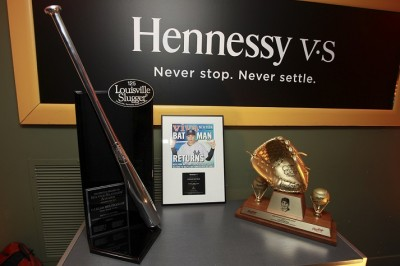 Hennessy V.S celebrated professional baseball player Carlos Beltrán's career at the Latinos in Baseball event and showcased his Silver Slugger award and Golden Glove.