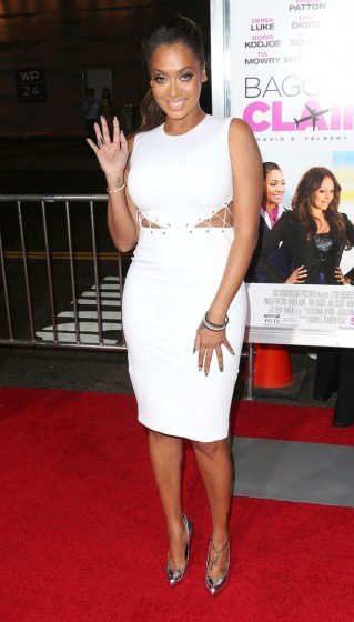 La-La-Anthony-Baggage-Claim-White-Dress-Premieres-5