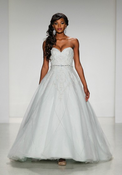 """NEW YORK BRIDAL FASHION WEEK"""