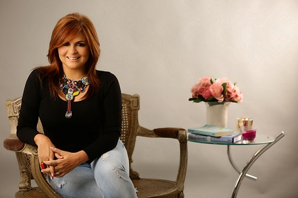 TANIA BAEZ REINVENTS HERSELF AS A MOTIVATIONAL SPEAKER AND LIFE COACH AFTER 30 YEARS IN TELEVISION.
