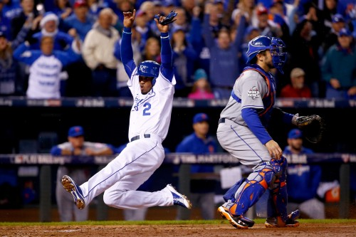 BESTPIX - World Series - New York Mets v Kansas City Royals - Game Two