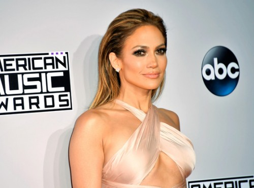 rs_560x415-141123175004-1024-jennifer-lopez-american-music-awards-2014