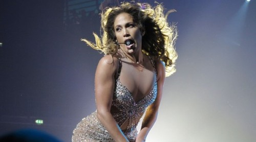Jennifer-Lopez-Jennifer-Lopez-performs-stage-xhpL6ZiawlIl-594x330