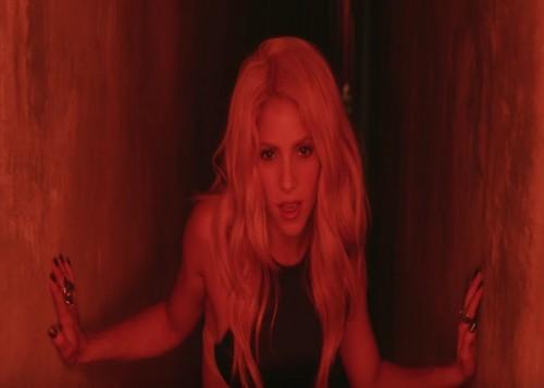 Shakiras Chantaje Music Video
